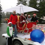 Santa and the Tour Elves